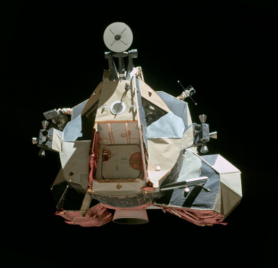 1062px-Apollo 17 LM Ascent Stage
